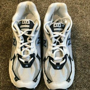 New Balance CW410WC Running Shoes Size 8.5 NEW